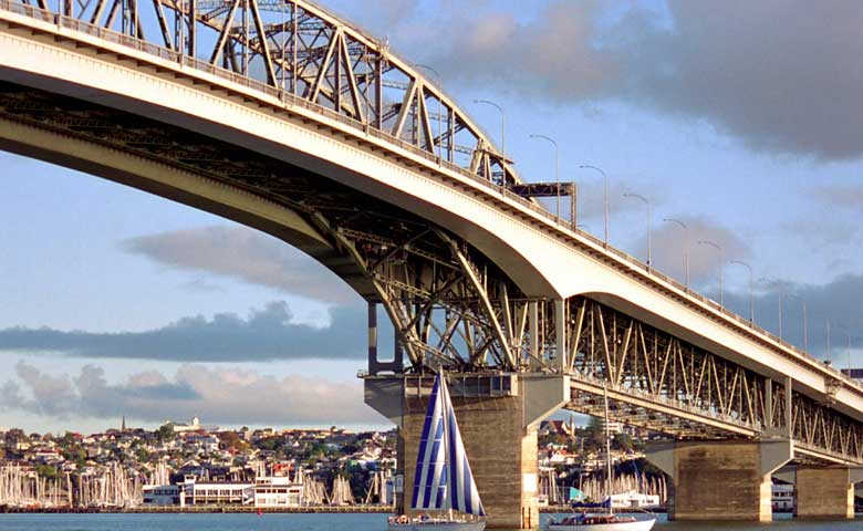 Harbour_Bridge_New_Auckland