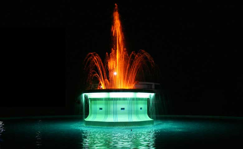 Tom_Parker-_Fountain_Napier_Hastings_North_Island